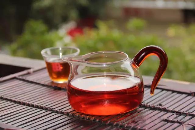 滇南古韵中秋礼品茶 中秋赠滇红,茶暖情更浓