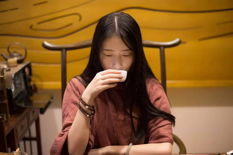 什么时候该喝什么茶?天天喝茶的你喝对了么?