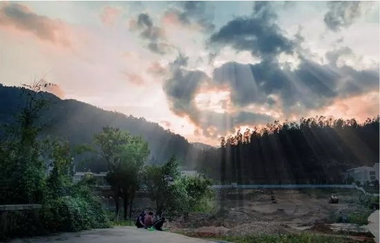 太阳古风景图片