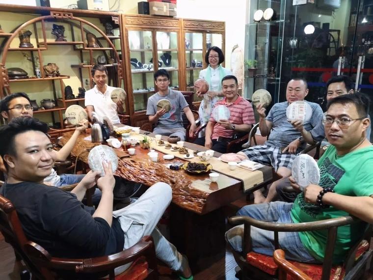茶和天下·润泽百家 龙润茶柳州专卖店新品品鉴活动圆满举行