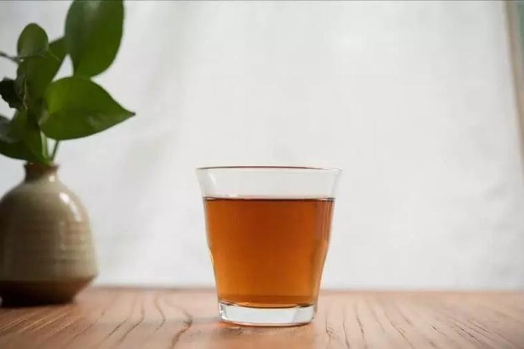 三伏天喝上小青柑,你会觉得清凉很多~