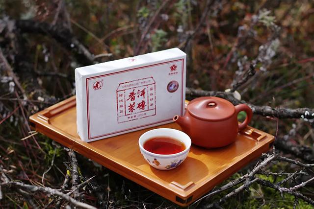 清寒小雪,围炉烹茶暖