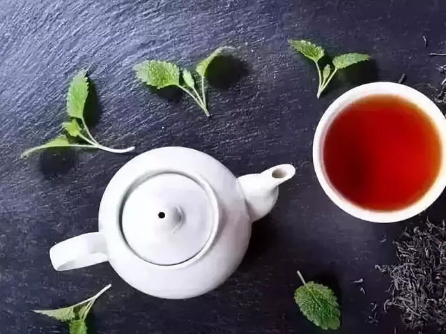 普洱茶既能提神,又能安眠!