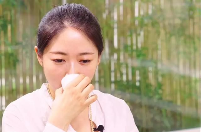 深呼吸,有人在泡馥郁芬芳的临沧熟茶|黑话121