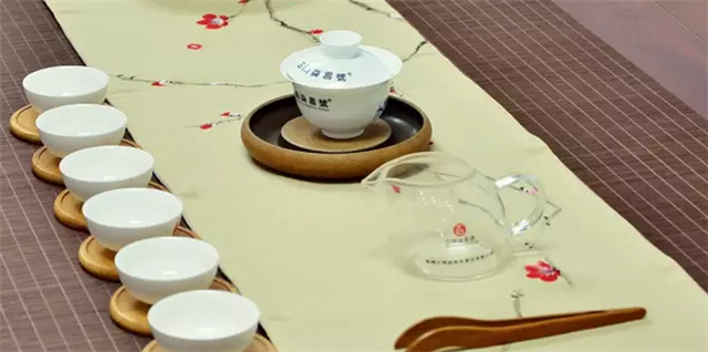 3分钟,学会泡一杯中意的普洱茶!