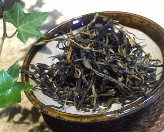 传统芒嘎拉古树红茶