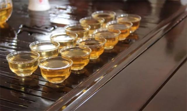 【勐海茶厂品鉴会】普洱茶是时间的礼物