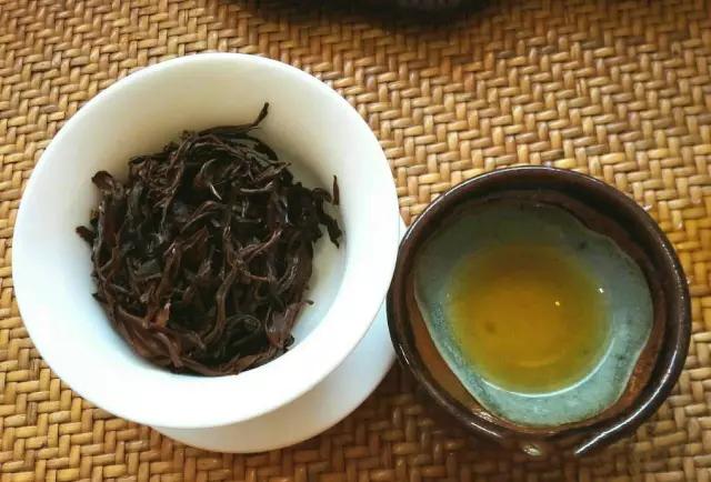 2017年滇南古韵老树红茶开汤品鉴