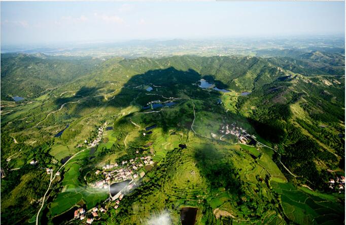 武汉市黄陂区木兰山风景区鸟瞰图.
