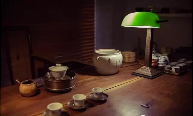 易武古韵:十二年的时光流过,人和茶都会沉淀多少韵味?