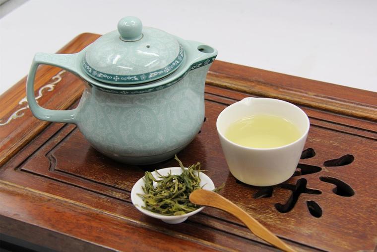 持续喝汉润云峰绿茶,有助于明显改善亚健康状态!