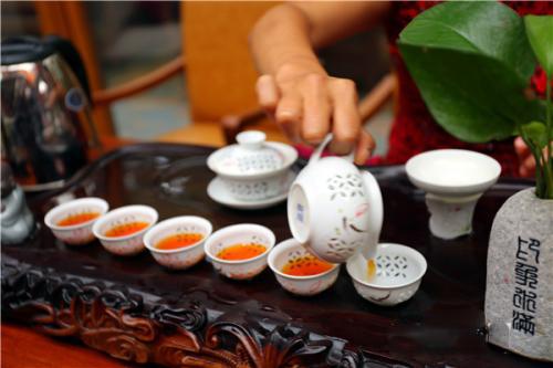 水满红茶,海南名茶