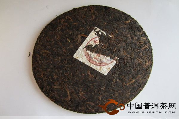 M8生茶饼357g 2011年老曼峨普洱茶