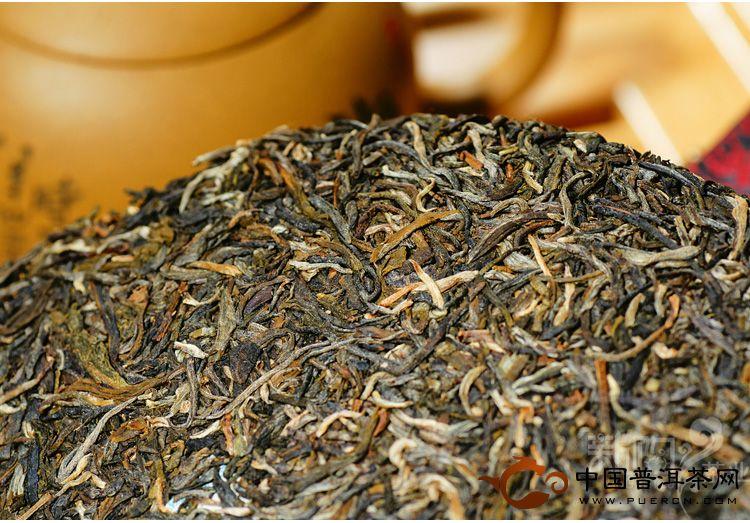 2012 大益普洱茶 7542青饼