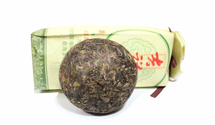 2011年龙园号普洱茶勐海龙园茶厂吉祥沱茶