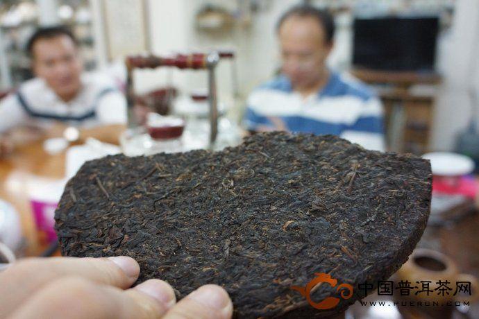茶商故事:香港蚂蚁搬家普洱茶
