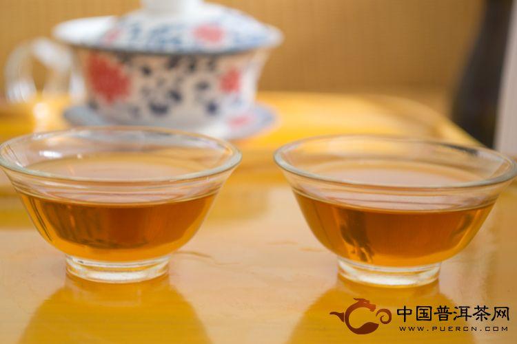 天弘茶业野生紫娟生茶