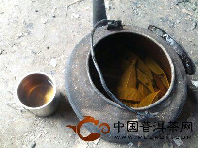 2012年秋易武弯弓古茶山采茶记