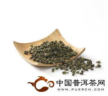 乌龙茶主要是根据茶树品种的特异性而形成各自独特的风格,产地不同