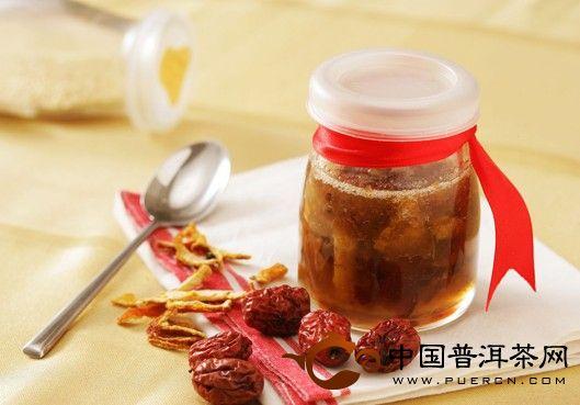 温养脾胃 蜂蜜红枣茶