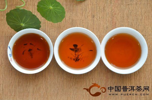 澜沧古茶2012年0083开汤
