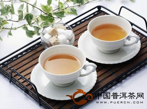 长期用沾满茶垢的杯子要人命?!