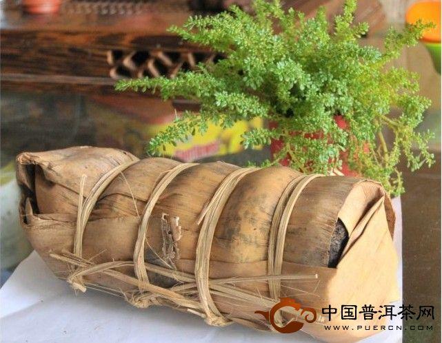 2001大益勐海茶厂150克红丝带沱开汤