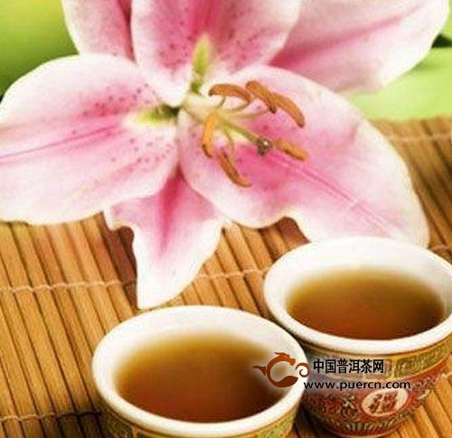 秋天喝五款花茶保健又养生