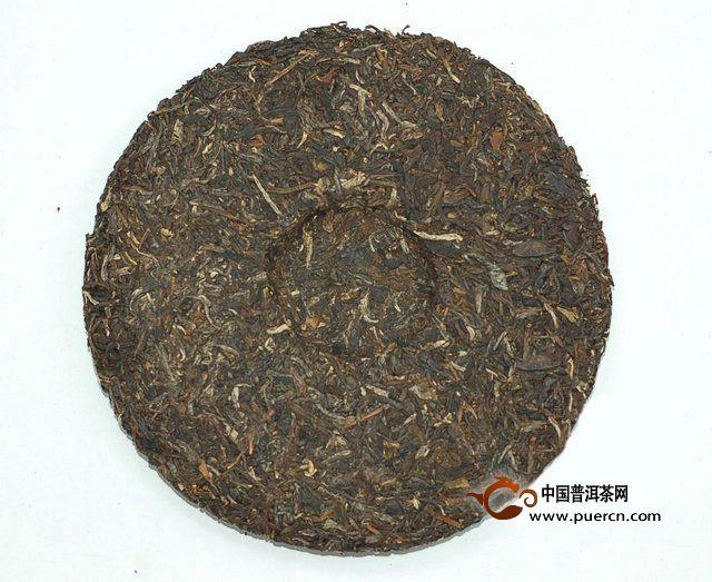 2013年大益金色韵象生茶