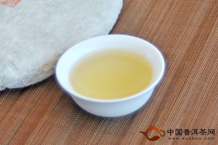 2013年天弘昔归(生茶) 357克