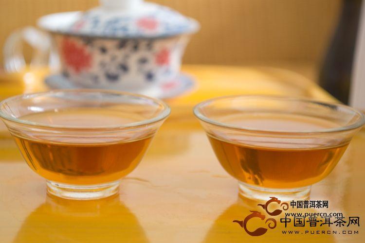 2010年天弘茶业野生紫娟(生茶) 400克