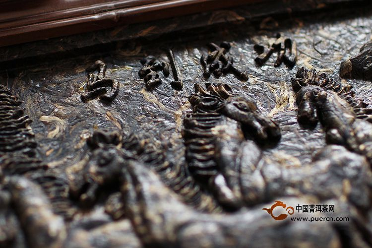 2011年海鑫堂八骏图普洱茶砖(生茶)