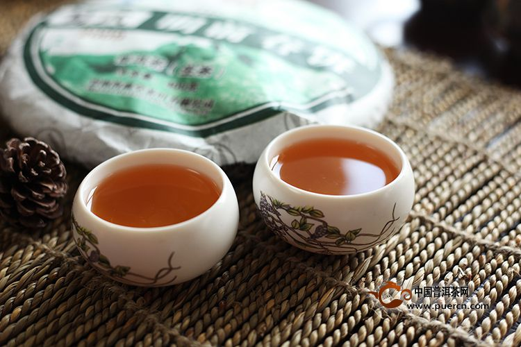 2009年海鑫堂易武明前春(生茶)400克