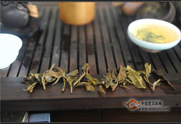 2012年润元昌珍品红印开汤