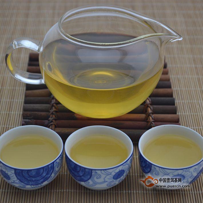 2014年老同志深山老树(生茶)500克