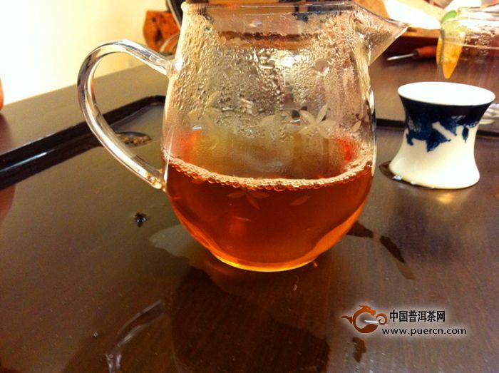 大益班章生态茶五星孔雀开汤分享