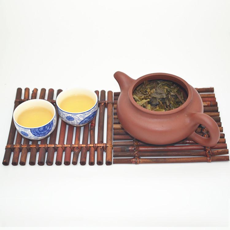 2012云章冰岛(生茶)200克 汤色