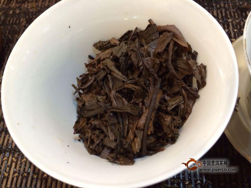 1999年中茶牌勐海茶厂红票绿大树开汤