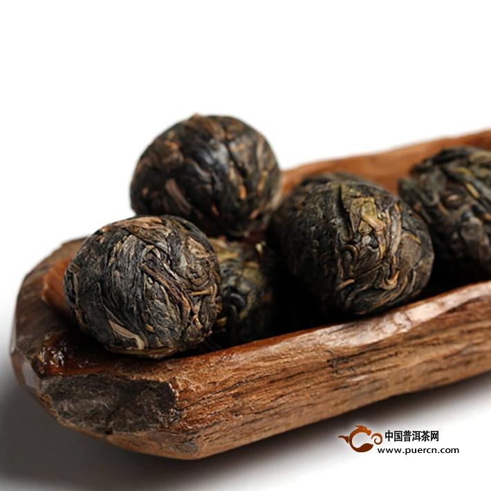 2014年书剑新班章古树散茶生茶3