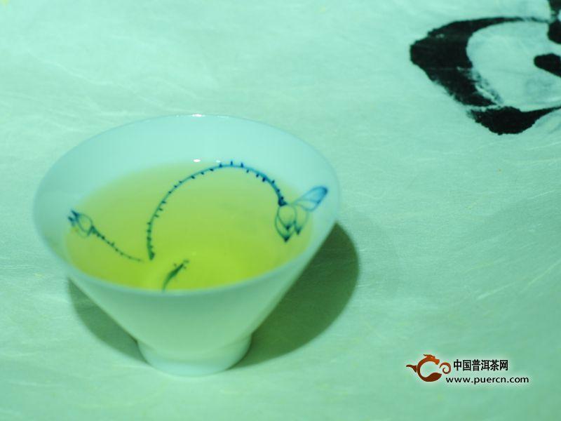 林宇号2014年雪山之韵普洱茶生饼