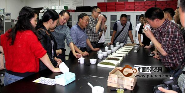 """立博体育-秀山县时隔六年,再次在""""三峡杯""""名茶评比中获奖"""
