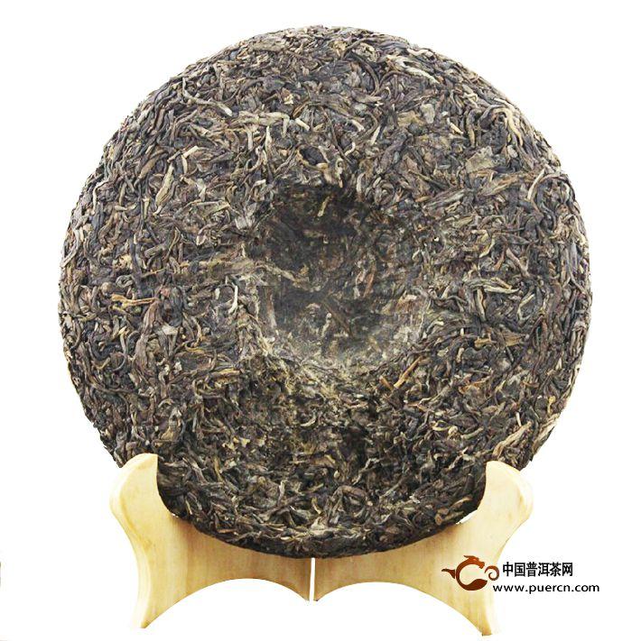 2012年龙润春晖生茶茶饼背面