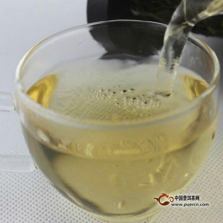 2007年龙润私房贰号生茶茶汤图