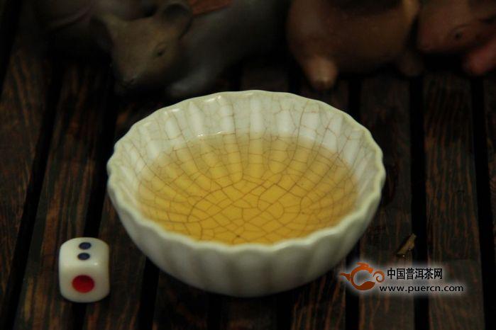 【图阅】2011年澜沧古茶醇臻知味开汤