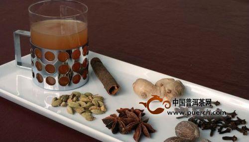 世界各地奇怪喝茶习俗:茶里也加八角香料?