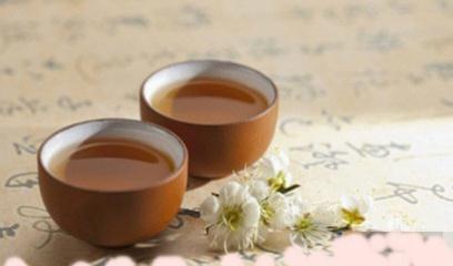 泡茶本是件很简单的事情,但在茶道中,则简而不俗
