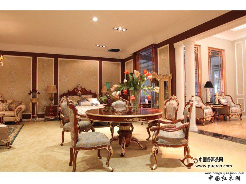 家用实木圆餐桌图片