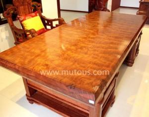 什么是大板桌