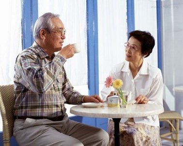 茶与老年人的健康
