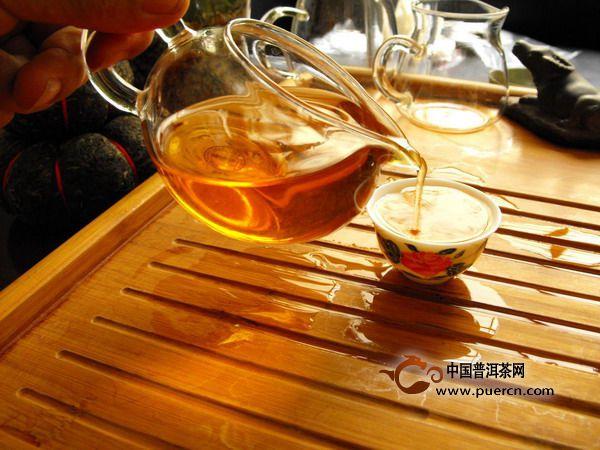 脂肪燃烧哪类茶叶强?普洱生茶当称王